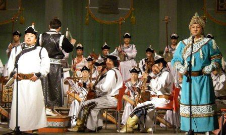 Mongolia concert with Throat singers - small.jpg image from Background Removal Tool in Office 2010 at Office-Watch.com